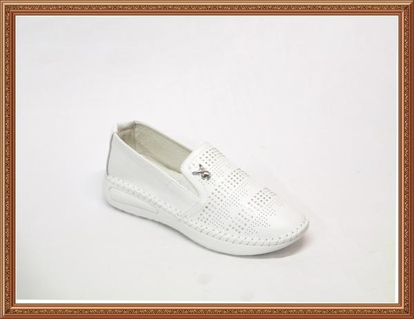 Y3795 愛麗絲的最愛 PLAYBOY時尚新款 真皮透氣 舒適超軟底搶眼水鑽平底包鞋/休閒鞋(原廠正品)