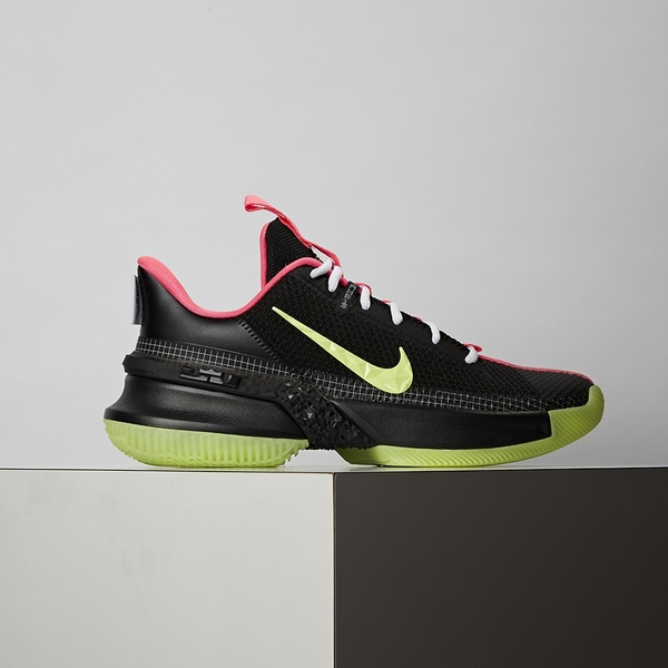 Nike Ambassador XIII 男鞋 黑綠 避震 包覆 夜光底 籃球鞋 CQ9329-001