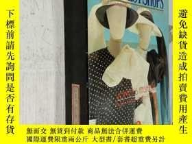 二手書博民逛書店THE罕見BEST SHOPS WOMEN S FASHION(最好的商店女裝)兩本一套盒裝Y212829