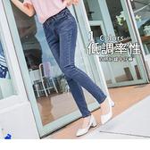 OB嚴選《BA1777-》彈性雙排釦刷色破損棉感窄管牛仔褲