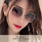 《Caroline》年度最新網紅款潮流百搭抗UV時尚太陽眼鏡 72126標檢局D74321