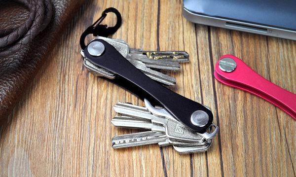 鑰匙 鑰匙收納器 鉗子 瑞士刀 工具鉗 工具刀 摺疊刀 救命鉗 汽車鑰匙 遙控器 機車 gogoro