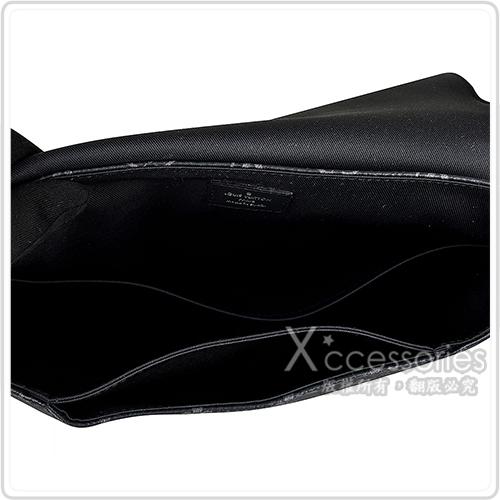 LV M44000 DISTRICT PM花紋LOGO Monogram帆布扣式斜背包(黑)
