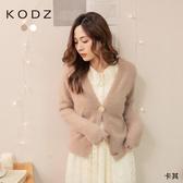 東京著衣【KODZ】氣質寶貝造型釦毛毛外套(192054)