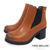 Tino Bellini 質感牛皮拼接曲線彈力布中跟短靴 _ 棕 A69047A