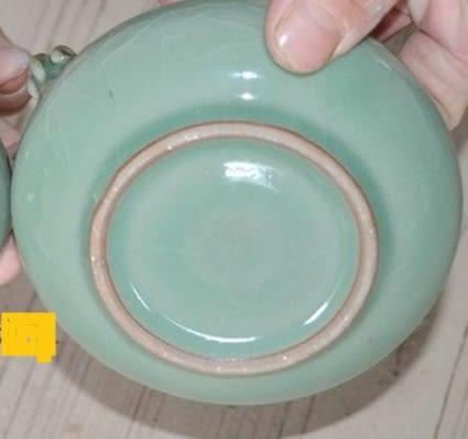 [協貿國際]  青瓷煙灰缸老鼠陶辦公擺件飾品珍藏品 (1入)