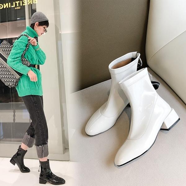 大尺碼女鞋 2019新款百搭優雅舒適後拉鍊漆皮尖頭中跟短靴~2色