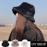 [現貨] 羊絨漁夫帽 盆帽 寬帽檐 素色 保暖配件 文青復古 冬季禦寒 台灣出貨 C2053