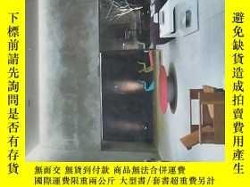 二手書博民逛書店commercial罕見space vol.01英文原版Y326