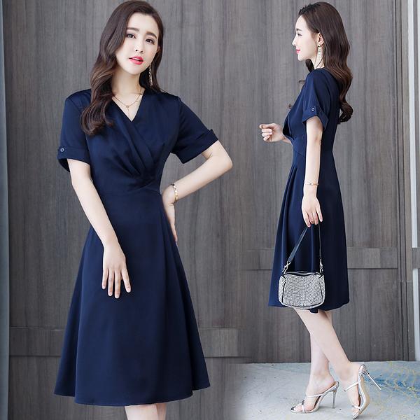 VK旗艦店 韓國風名媛藏青色純色V領長版修身顯瘦短袖洋裝