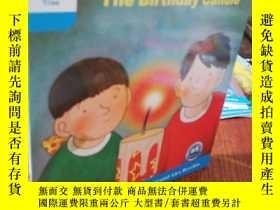 二手書博民逛書店The罕見Birthday CandleY202708