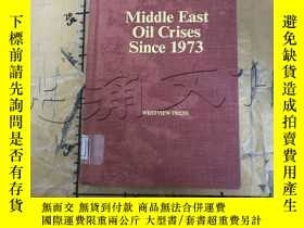 二手書博民逛書店Middle罕見East Oil Crises Since197