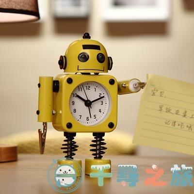 鬧鐘鬧鈴床頭可愛創意個性機器人小男孩時鐘表【千尋之旅】