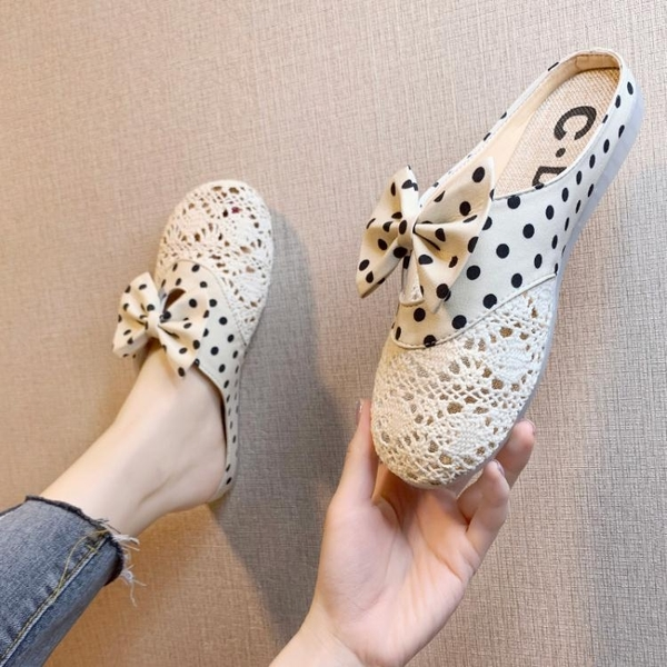 半拖鞋 花朵包頭半拖鞋女2021春夏新款蕾絲網面外穿可濕水百搭平底涼拖鞋 小天使