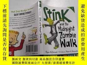二手書博民逛書店Stink罕見and the midnight Zombie walk臭味和午夜僵屍漫步Y212829