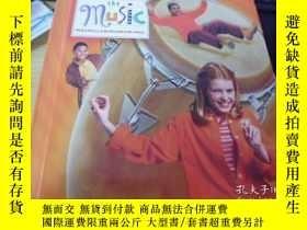 二手書博民逛書店Share罕見the music 5 樂譜英文原版Y18793