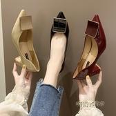 網紅單鞋女2020新款韓版百搭仙女風方扣淺口女鞋尖頭粗跟晚晚鞋子「時尚彩紅屋」