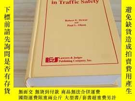 二手書博民逛書店Human罕見Factors in Traffic Safety