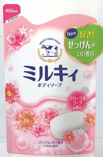 日本【牛乳石鹼】牛乳精華沐浴乳補充包(玫瑰花香) 400ml