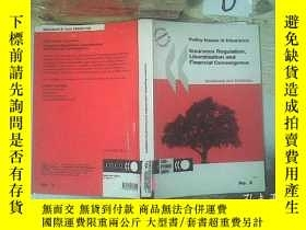 二手書博民逛書店INSURANCE罕見REGULATION LIBERALISATION AND FINANCIAL CONVER