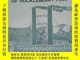 二手書博民逛書店英文原版書罕見the adventures of huckleberry finnY339680 出版1
