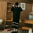 Queen Shop【01085251】V領連帽針織坑條黑白線條長洋裝*現+預*