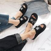 拖鞋 拖鞋男士新款情侶時尚外穿沙灘鞋韓版舒適防滑一字休閒涼鞋 艾維朵