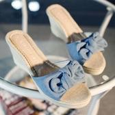 2020夏季新款清新牛仔布甜美蝴蝶結麻底草編厚底楔形涼拖鞋高跟厚底鞋「艾瑞斯居家生活」