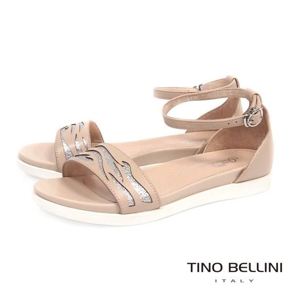Tino Bellini 圖騰鏤空閃爍心機增高平底涼鞋(膚)_C63021  2016SS