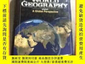 二手書博民逛書店英文書罕見world geography a global perspective 全球視野下的世界地理學Y1