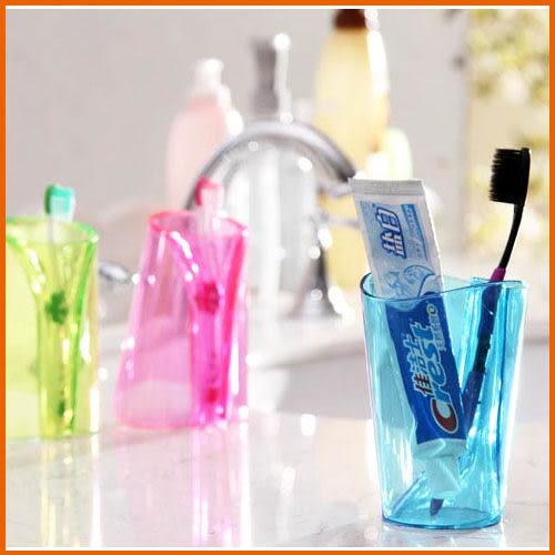 【Love Shop】炫彩透明 翻身變牙刷架牙刷杯套裝 漱口杯/牙刷杯/防垢洗漱杯(小號)