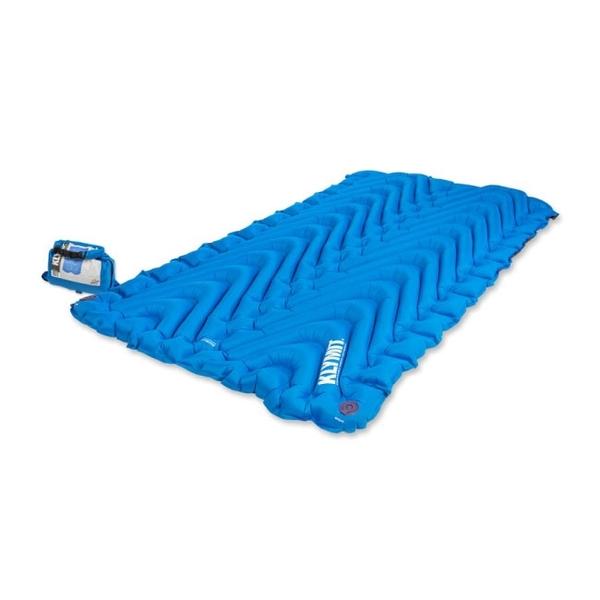 【美國Klymit】DOUBLE V雙人充氣全身睡墊-藍/炭黑 06DVBL01E 吹氣款充氣睡墊 保暖空氣睡墊