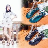 亞平底夾趾鬆緊帶涼鞋女鞋2018夏季新款水鑽防滑海邊沙灘鞋 全館免運