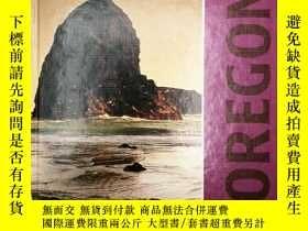 二手書博民逛書店Celebrate罕見the States: Oregon 英文