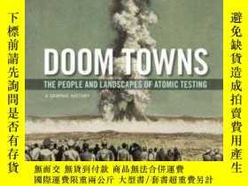 二手書博民逛書店Doom罕見Towns: The People And Land