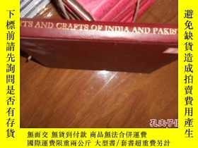 二手書博民逛書店印度與巴基斯坦地區的工藝美術(英文原版罕見簽名本)403 桑蒂.