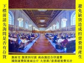 二手書博民逛書店英文原版罕見The Library: An Illustrate