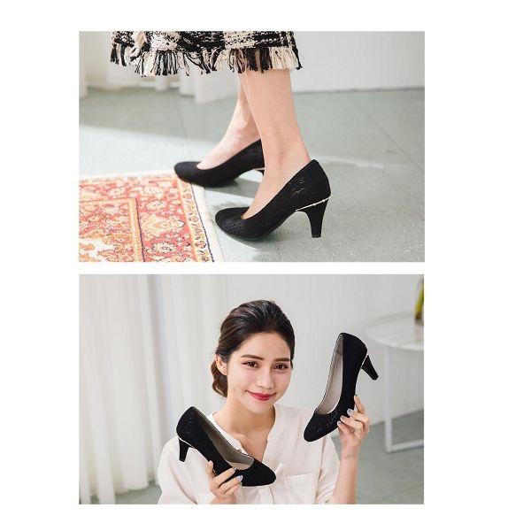 【ORiental TRaffic】質感蕾絲後珍珠圓頭跟鞋 - 質感黑