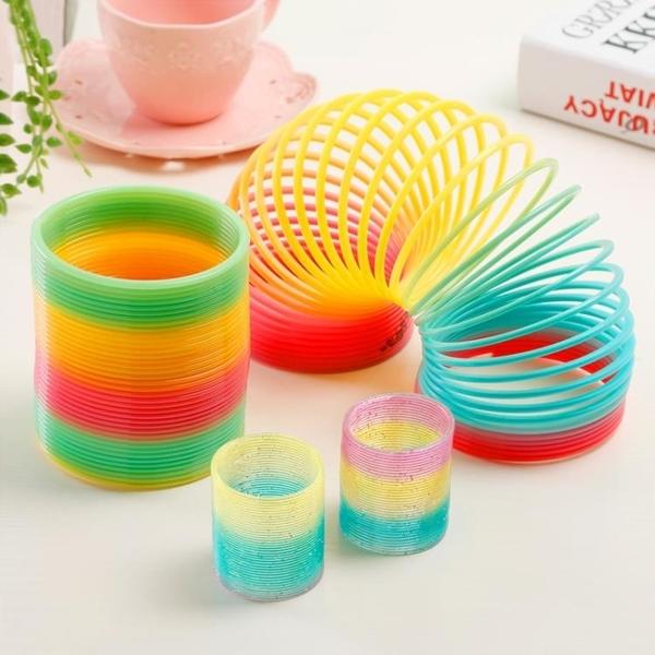小孩魔力彩虹圈彈簧圈層層疊疊樂塑料