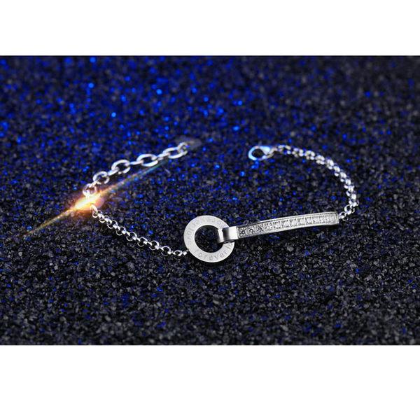【5折超值價】【316L西德鈦鋼】時尚精美簡約羅馬數字鑲鑽造型女款鈦鋼手鍊