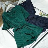大碼女胖mm新款連體褲 顯瘦2019夏季喇叭袖V領條紋連衣短褲 200斤