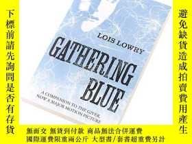 二手書博民逛書店記憶傳授人四部曲2:歷史刺繡人Gathering罕見Blue (The Giver Quartet) 英文原版 L