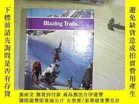 二手書博民逛書店Blazing罕見TrailsY203004