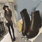 {丁果時尚}女鞋►簡約縫線厚底粗跟短靴子黑色全新現貨供應