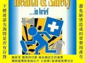 二手書博民逛書店Health罕見And Safety In Brief (made Simple Books (heinemann