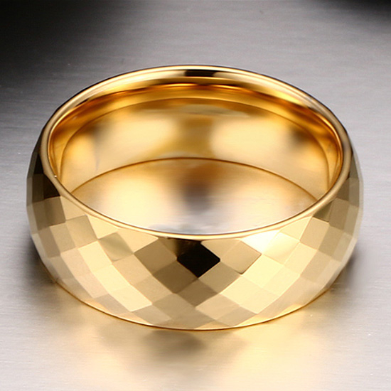 《 QBOX 》FASHION 飾品【TCR-004G】精緻個性歐美百搭菱形鏡面金色鎢鋼戒指/戒環
