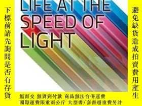 二手書博民逛書店Life罕見At The Speed Of LightY256260 J. Craig Venter Litt
