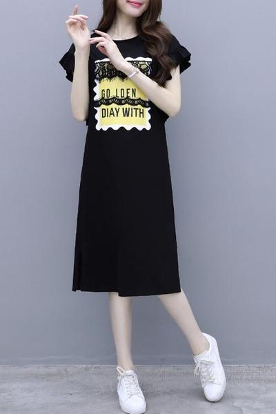 胖妹妹洋裝~大碼連身裙7911#中長款T恤裙黑色不掉毛花瓣袖蕾絲大碼連身裙女GD665B愛尚布衣