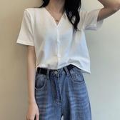 夏季洋氣心機冰絲上衣短款泫雅風短袖V領針織紐扣開衫T恤女減齡潮快速出貨
