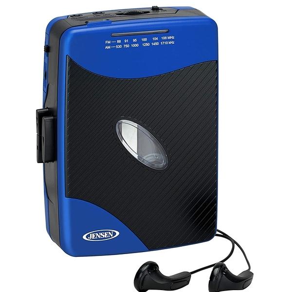 [9美國直購] Jensen 卡帶式隨身聽 Portable Stereo Cassette Player with AM/FM Radio + Sport Earbuds (Blue)